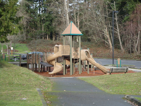 Big Finn Hill playground Kirkland / Juanita